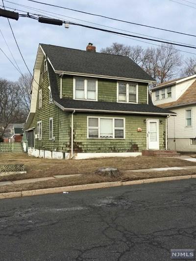 Teaneck Single Family Home For Sale: 31 Bilton Street