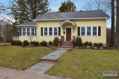 Ridgewood Single Family Home For Sale: 300 Van Emburgh Avenue