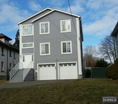 Teaneck Single Family Home For Sale: 90 Fort Lee Road
