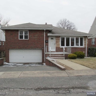 Fort Lee Single Family Home For Sale: 276 State Rt 5