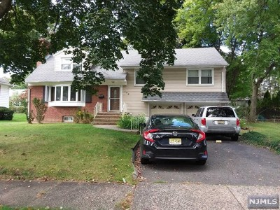 Ridgewood Single Family Home For Sale: 168 Jeffer Court