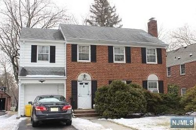 Teaneck Single Family Home For Sale: 1267 Dickerson Road
