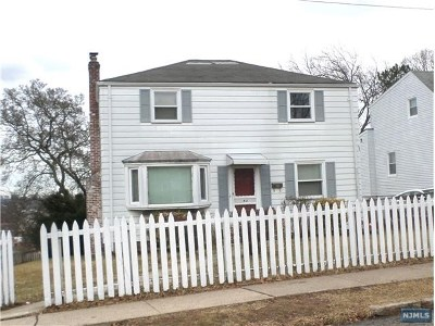 Hackensack Single Family Home For Sale: 42 Longview Avenue