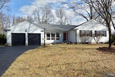 Hillsdale Single Family Home For Sale: 12 Chris Avenue