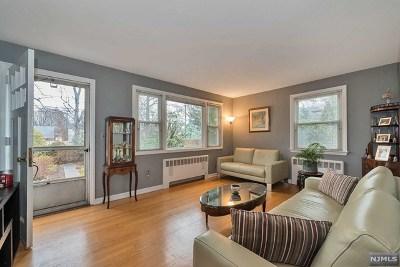 Teaneck Single Family Home For Sale: 100 Bergen Avenue