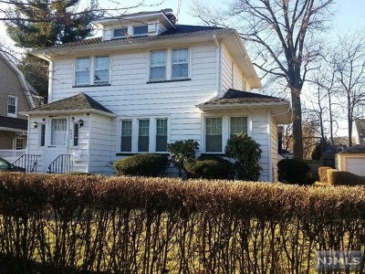 Teaneck Single Family Home For Sale: 502 Cumberland Avenue