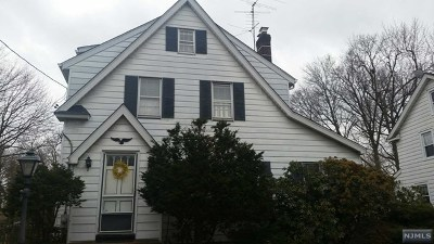 Tenafly Single Family Home For Sale: 4 Tenafly Court
