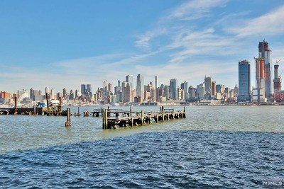 Weehawken NJ Condo/Townhouse For Sale: $625,000