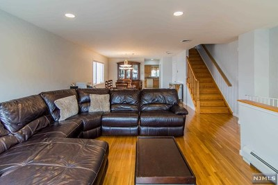 Fairview Condo/Townhouse For Sale: 85a Lincoln Street #A