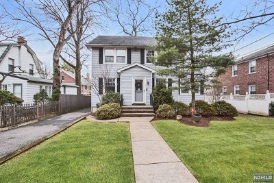 Teaneck Single Family Home For Sale: 873 Queen Anne Road
