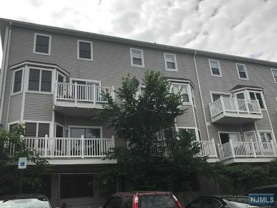 North Bergen Condo/Townhouse For Sale: 1207 46th Street #Th 1