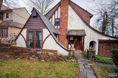 Teaneck Single Family Home For Sale: 1275 Princeton Road