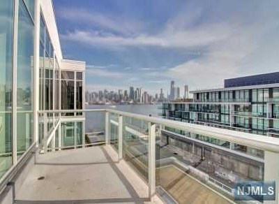 Weehawken Condo/Townhouse For Sale: 1000 Ave At Port Imperial #708