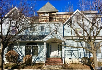 New Milford Condo/Townhouse For Sale: 133 Center Street #B2