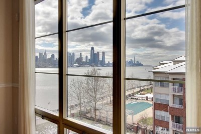 West New York Condo/Townhouse For Sale: 26 Ave At Port Imperial #404