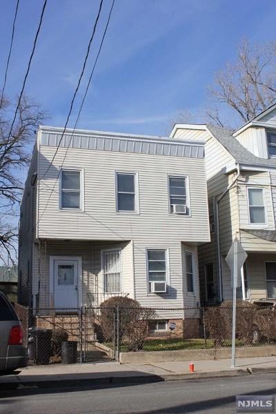 Jersey City Single Family Home For Sale: 257 Arlington Avenue