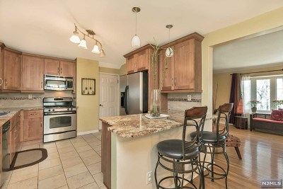 Teaneck Single Family Home For Sale: 1152 Windsor Road