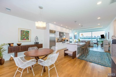 Edgewater Condo/Townhouse For Sale: 9 Somerset Lane #305