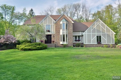 Woodcliff Lake Single Family Home For Sale: 114 Woodcrest Drive
