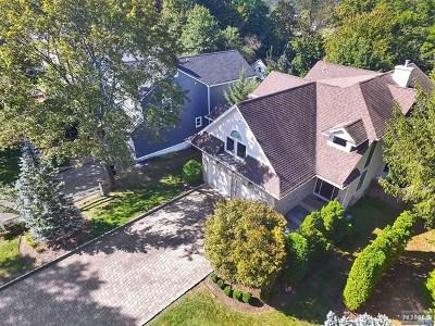 Tenafly Single Family Home For Sale: 107 Magnolia Avenue