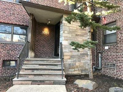 Fort Lee Condo/Townhouse For Sale: 3041 Edwin Avenue #2b