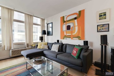 Jersey City Condo/Townhouse For Sale: 10 Regent Street #418