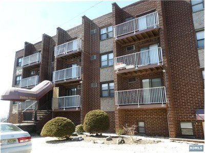 Palisades Park Condo/Townhouse For Sale: 201 12th Street