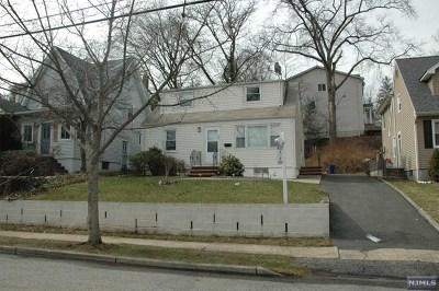 River Edge Single Family Home For Sale: 723 Center Avenue