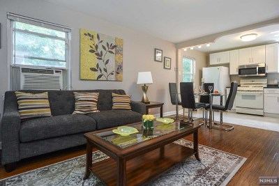 Leonia Condo/Townhouse For Sale: 533b Grand Avenue