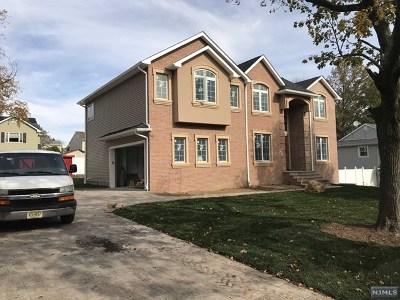Paramus Single Family Home For Sale: 135 Haase Avenue