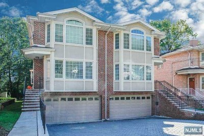 Edgewater Single Family Home For Sale: 75 Myrtle Avenue