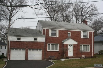 Teaneck Single Family Home For Sale: 639 Churchill Road