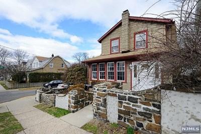 Cliffside Park Single Family Home For Sale: 371 Pleasant Avenue
