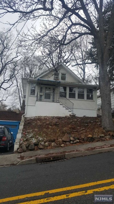 Ridgefield Single Family Home For Sale: 659 Edgewater Avenue