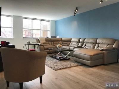 Hoboken Condo/Townhouse For Sale: 300 Newark Street #3c