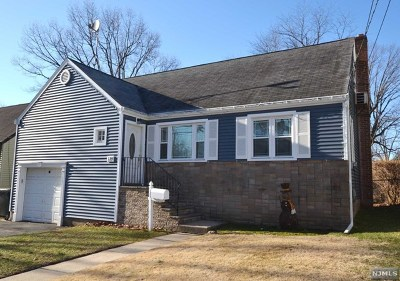 Maywood Single Family Home For Sale: 129 Orchard Place