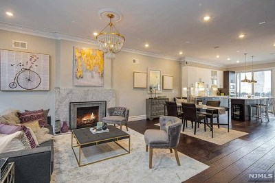 Hoboken Single Family Home For Sale: 534 Bloomfield Street