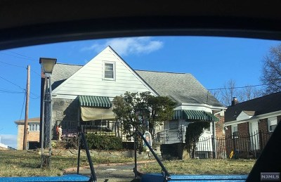 Belleville NJ Single Family Home For Sale: $275,000