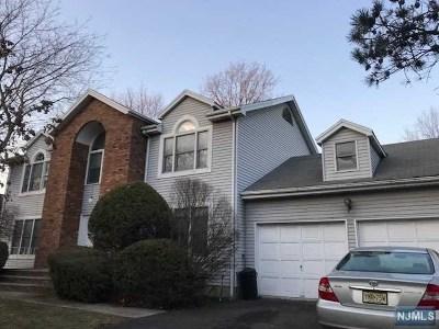 Leonia Single Family Home For Sale: 307 Vreeland Avenue