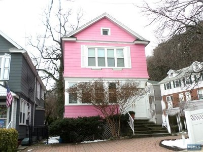 Edgewater Single Family Home For Sale: 38 Sterling Place