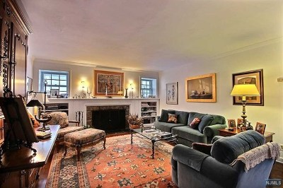 Tenafly Single Family Home For Sale: 32 Howard Park Drive
