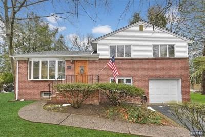 Demarest Single Family Home For Sale: 44 Brookside Avenue