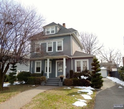 Single Family Home For Sale: 722 Maywood Avenue