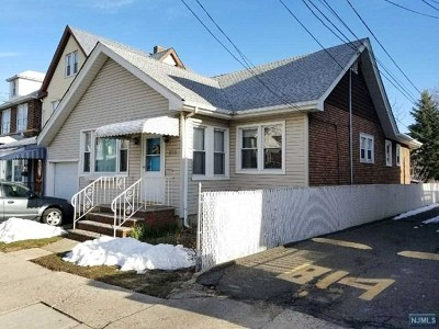 North Bergen Single Family Home For Sale: 816 76th Street