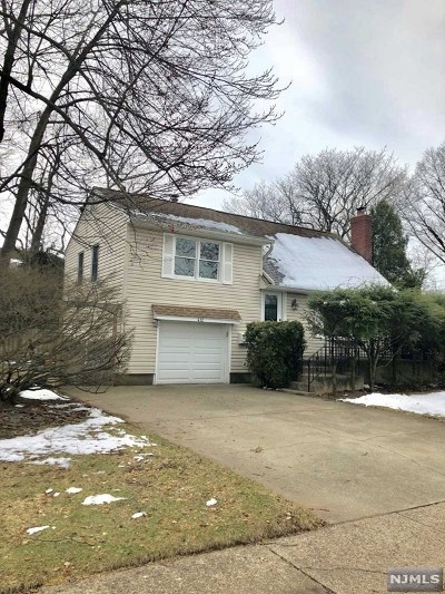 New Milford Single Family Home For Sale: 412 Monmouth Avenue