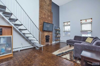 Jersey City Condo/Townhouse For Sale: 212 9th Street #4b