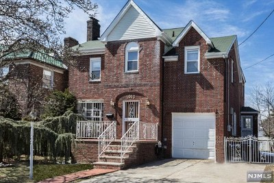 Fort Lee Single Family Home For Sale: 1003 Anderson Avenue
