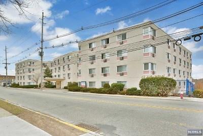 Palisades Park Condo/Townhouse For Sale: 333 Grand Avenue #1l