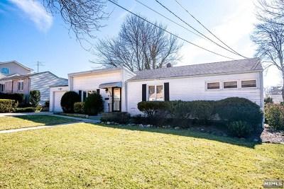 River Edge Single Family Home For Sale: 175 Lozier Terrace