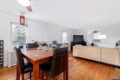 Englewood Condo/Townhouse For Sale: 161 Knickerbocker Road #F
